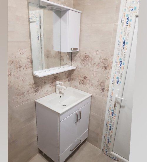 ПВЦ комплект мебели за баня бели лондон 55 см